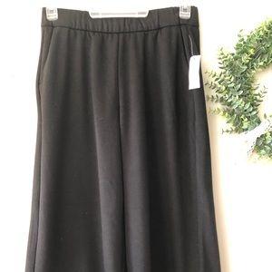 Gap Wide Leg Crop Pants with Pockets